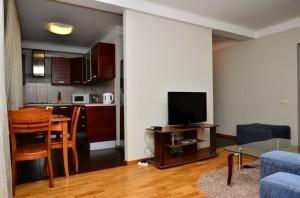 Продам просторную 2-к квартиру от собственника
